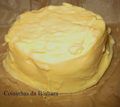 Receita de Manteiga de Kefir       nossa!   Depois da receita do Queijo Grego de Kefir (Labne)  aqui vai mais uma receita usando o kefir !...