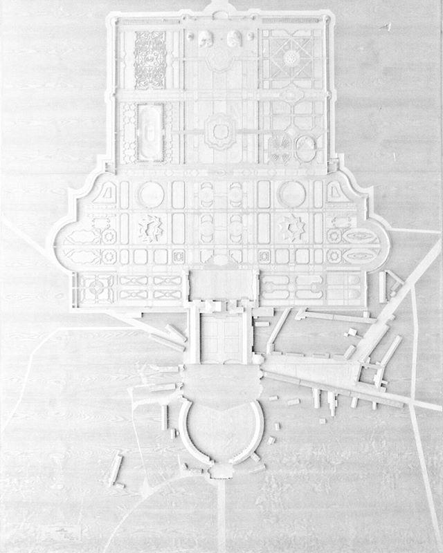 A stunning masterpiece unnoticed outside VIlla Manin #minimal_shots #minimalzine #soulminimalist #tv_allwhite #rsa_minimal #architecturelover #travelphotography #model #allwhite #monoart #bwstyle #bw_instantscatcher #bw_mania #detail #monotone #ig_italia #igfvg #villamanin #architecturemodel #igersfvg #triestesocial #museiitaliani #artphoto_bw #ig_friuli_vg #fvglive #loves_friuliveneziagiulia #yallersfvg #hiddengem #huntgram
