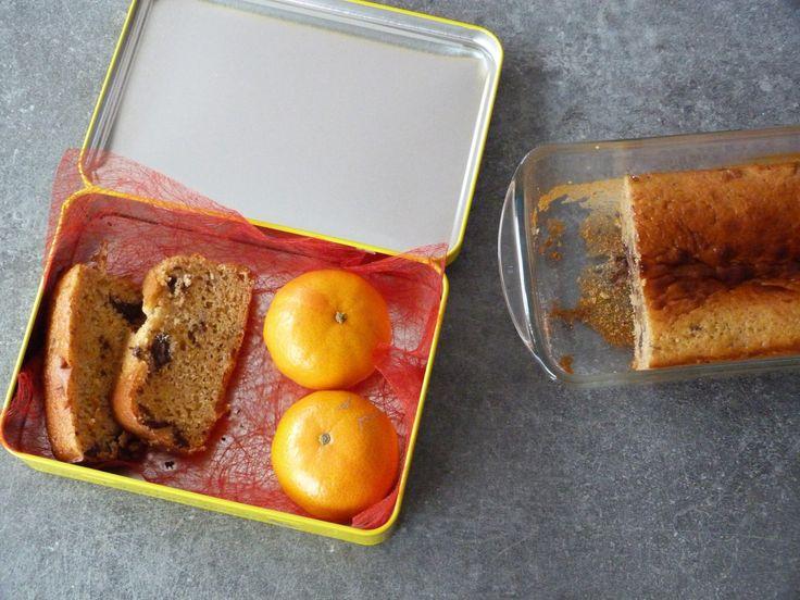 Cake moelleux aux petits-suisses, fleur d'oranger et pépites de chocolat – Le Repaire des Ventres Faims
