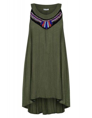 Trapezowa sukienka z koralikami - khaki