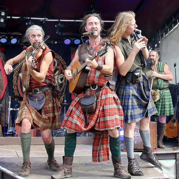 One more Folk 'n' Roll this year!    The 29th of July, Nijverdal NL, our last Folk 'n' Roll show this year, but we will be back with Folk 'n' Roll in 2018!  bagpipes, celtic, celtic fest, celtic folk, celtic folk music, celtic folk night, Celtic music, celtic song, folk music, Irish music, live concert, rapalje, Rapalje show, scottish music
