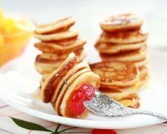 Mini crêpes faciles et légères à la vanille