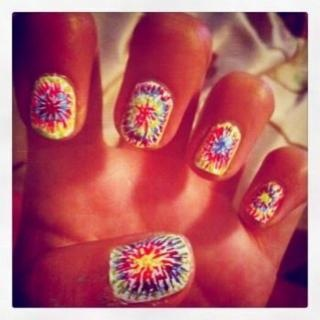 Release your inner hippy with this cool Tie-Dye Nail Design! Click here