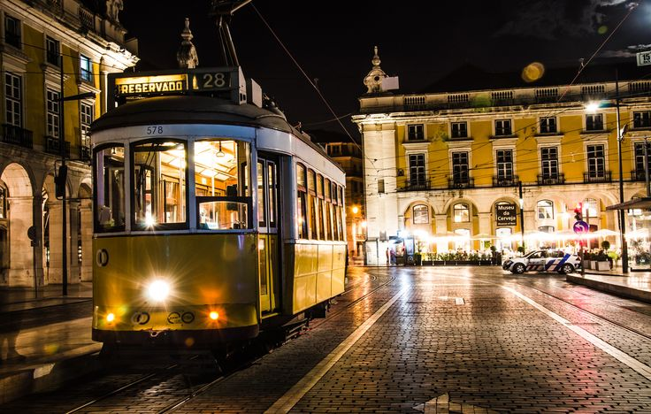 Tram vs Terreiro do Paço