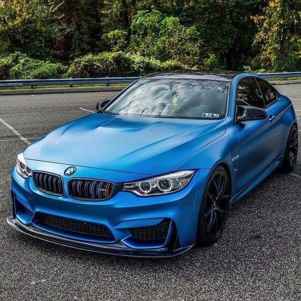 BMW F82 M4 frozen blue