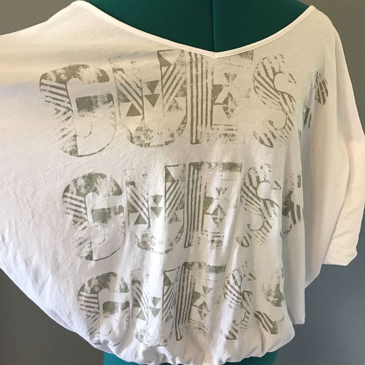 Women's GUESS Spell Out Shirt Top Blouse V-Neck White Oversized Comfy Casual XL #GUESS #KnitTop