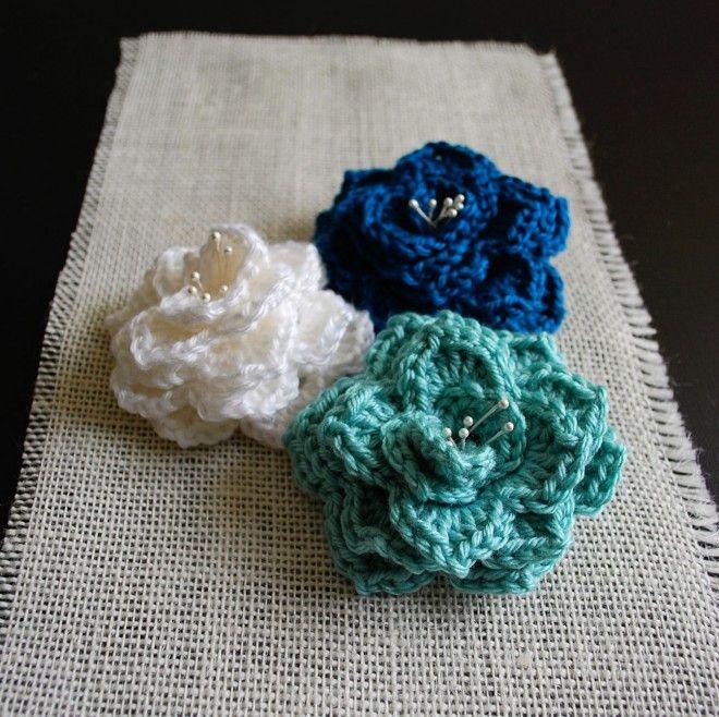 "Free pattern for ""Crocodile Stitch Flower""!"