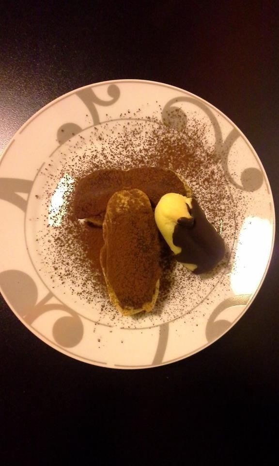 éclair: crema al mascarpone - top al cioccolato fondente