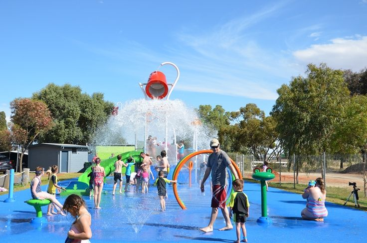 This Vortex Aquatic Playground Splashpad is at the BIG4 Holiday Park in Swan Hill in Victoria Australia.