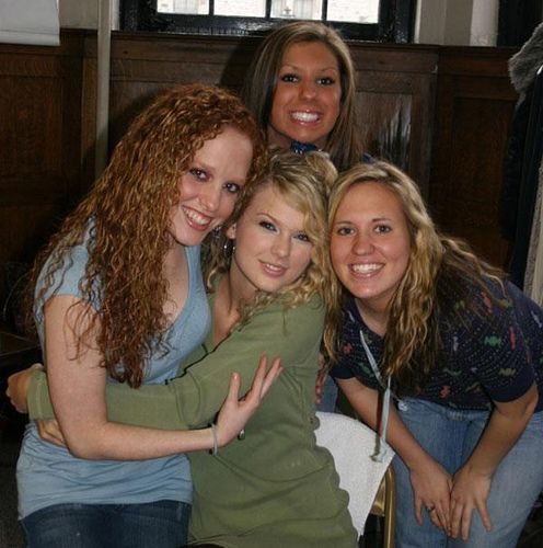 Rare Taylor Swift Pictures! : Taylor Swift