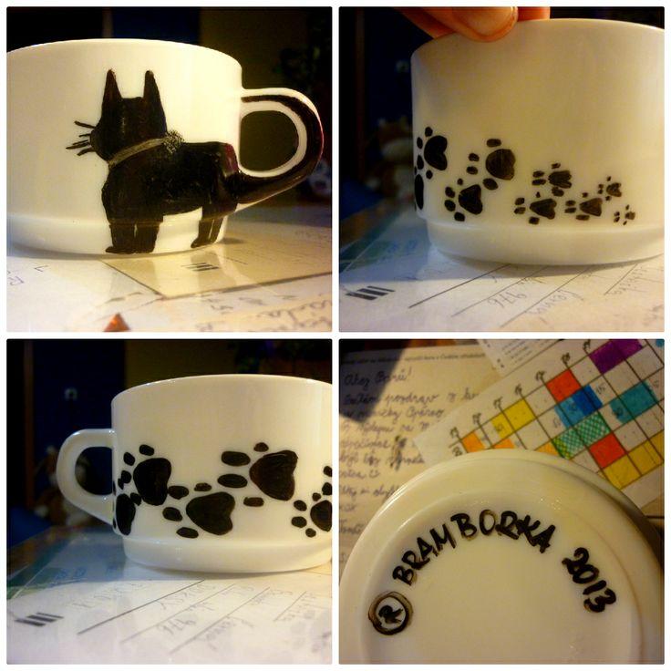 """#cute #christmaspresent for my #loving #mummy:-) our surname """"Černá"""" means """"Black"""" therefor #blackcat:-) #cup #DIY / #Vanocnidarek #promaminku - Černá kočka pro černou kočku♥"""