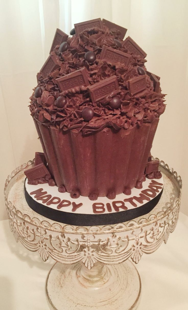 best 25 chocolate giant cupcake ideas on pinterest large chocolate lovers fantasy giant chocolate cupcake double chocolate fudge cupcake liner topped with chocolate