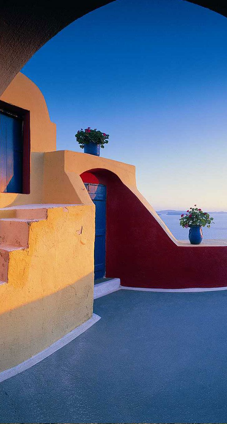 Colourful House in Oia, Santorini