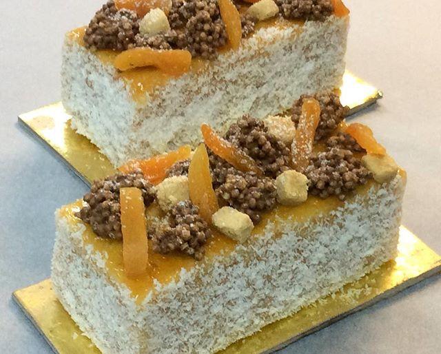 Gateaux de voyage abricot  #food #cake #pastry #athens #gateauxdevoyage #gastronomia #chef #photo #like4like