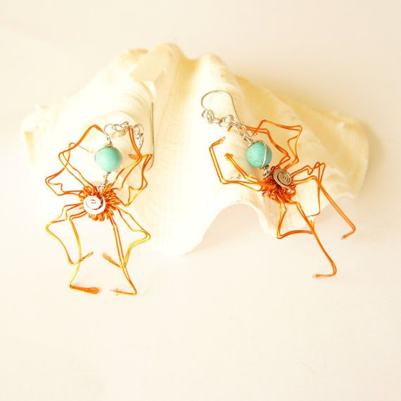 wire wrap handmade halloween orange spider earrings by raizesimaginarias
