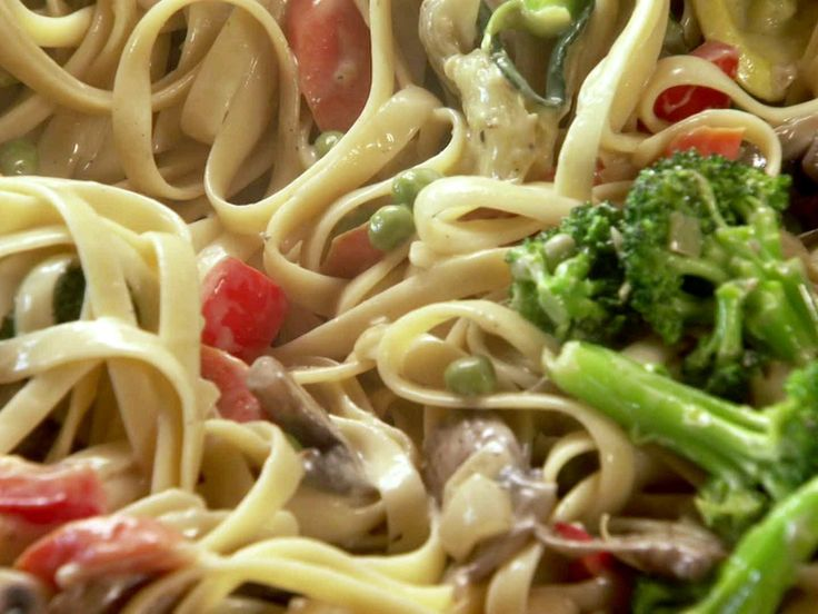 Pasta Primavera from Pioneer Woman Cooks.  Might try adding some grilled chicken or salmon...hmmm.
