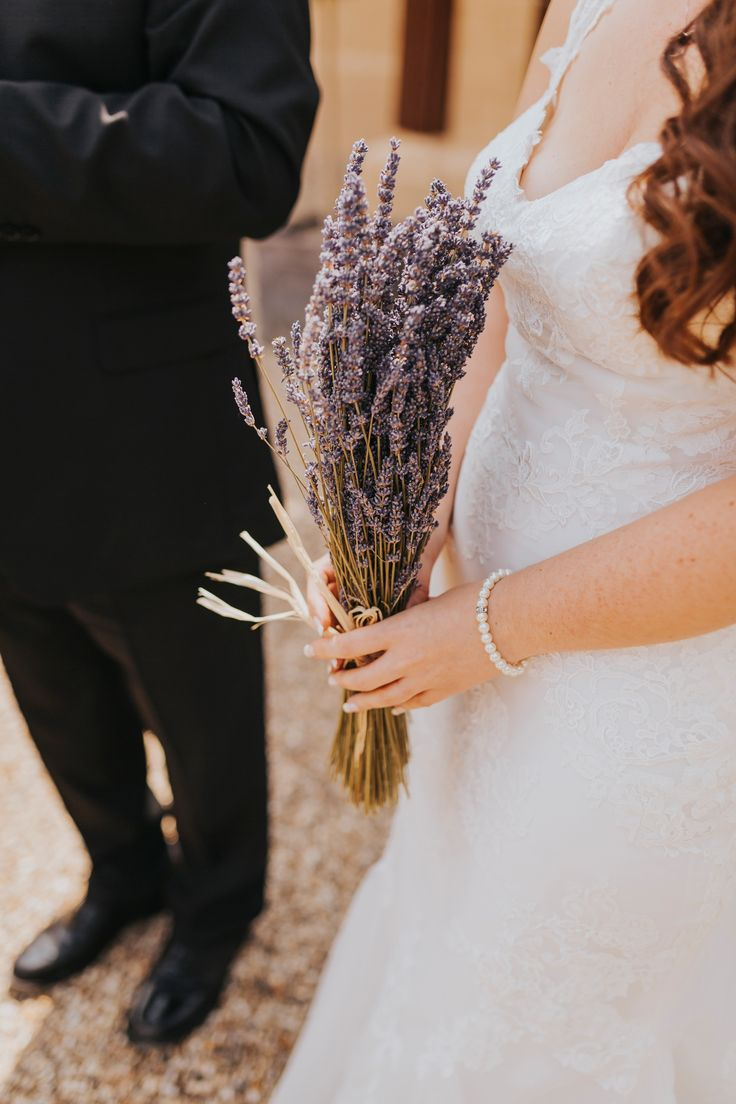 Don't want fresh flowers? Why not dried lavender? Looks rustic and smells divine. Photo by Benjamin Stuart Photography #weddingphotography #bridalbouquet #weddingflowers #bride #lavender #driedflowers