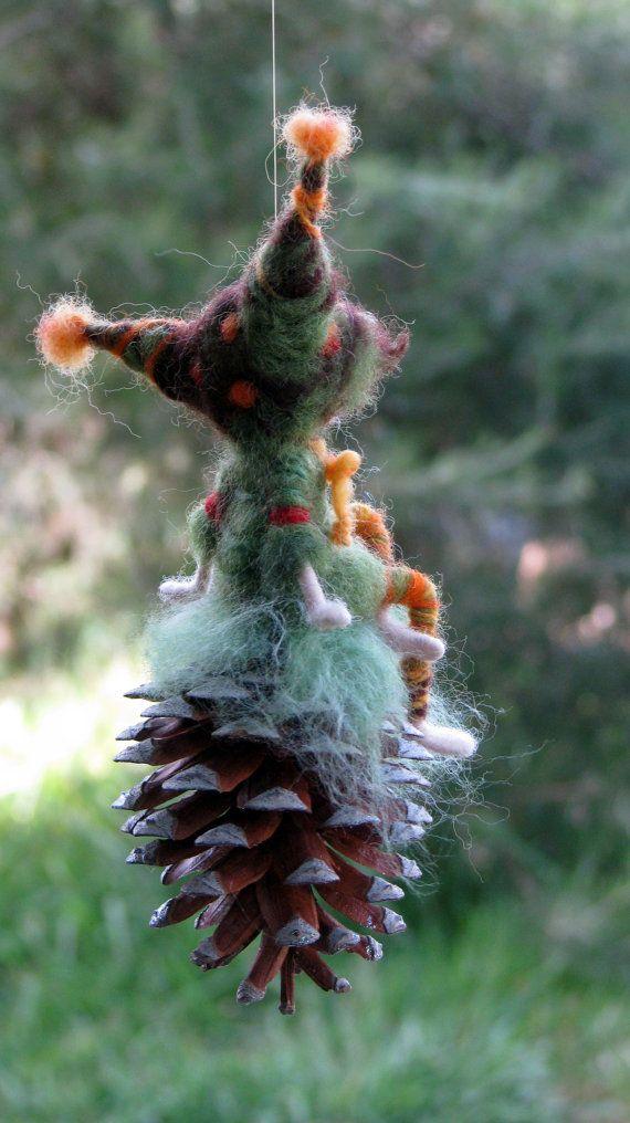 Aguja de fieltro móvil gnome de muñeca Waldorf por Made4uByMagic