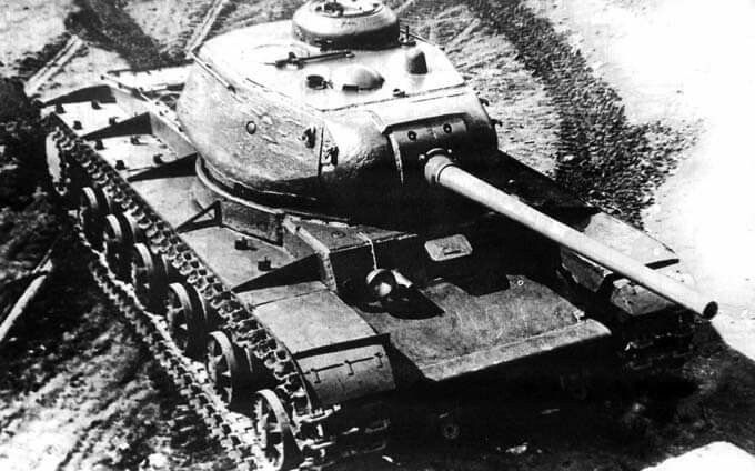 KV-85. https://m.facebook.com/Soviet.Tanks.of.WW2