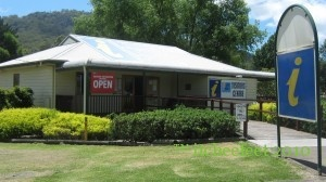 Don't blink or you'll miss it… and that would be a shame. Located 242 km's north of Sydney, Bulahdelah (population 1100) is an excellent road trip rest stop.