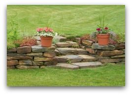 retaining wall - would love to do something like this for the front yard.