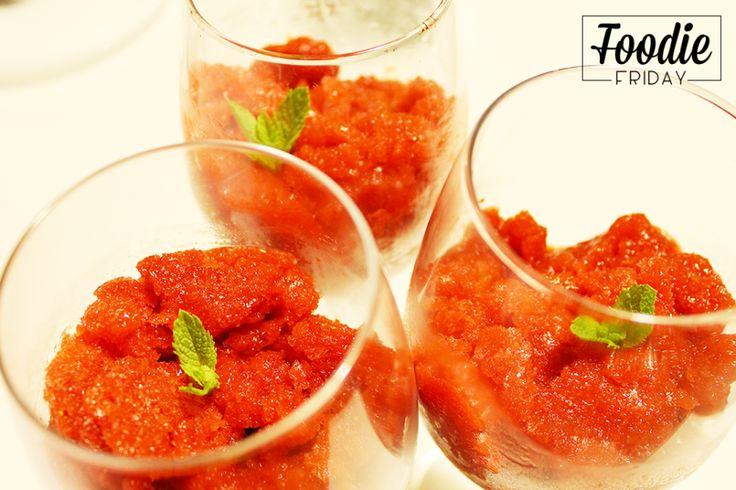 iDesignMe-fridayFoodie-granita-finaleDa oggi iniziamo la rubrica #FoodieFriday: pronti ad assaggiare la nostra granita di fragole? #foodporn #cooking #diy http://bit.ly/1T9t9Dp