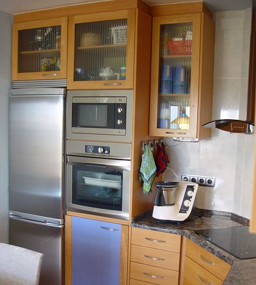 Detalle de cocina a medida en Madrid, fabricada por Alpis carpinteria en Madera