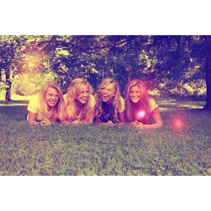 Best friends high school four best friends photography @Hannah Mestel Mestel Cabral Styles we need one like this with you and me and lily and jordyn!
