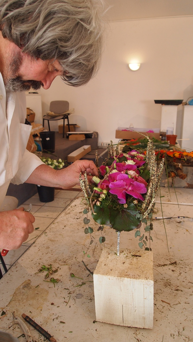 Gregor Lersch working on an amazing design.  I loved this workshop in Montpellier with the fabulous Floriform team.