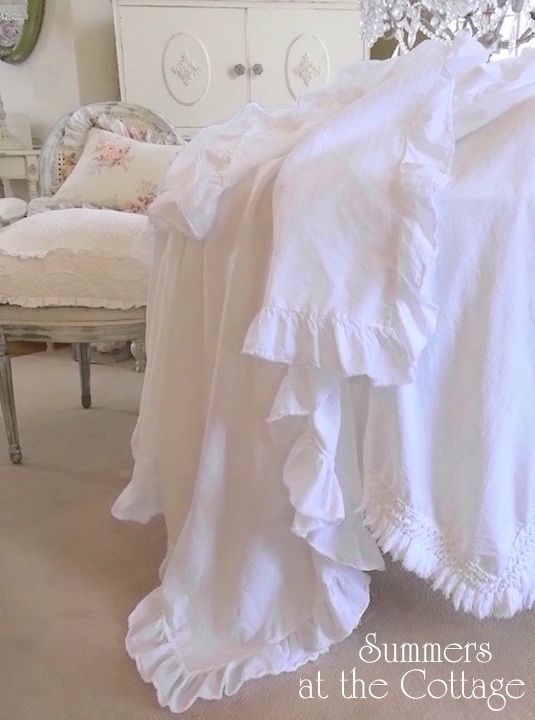 SHABBY FRENCH COTTAGE CHIC COTTON WHITE RUFFLED TABLECLOTH
