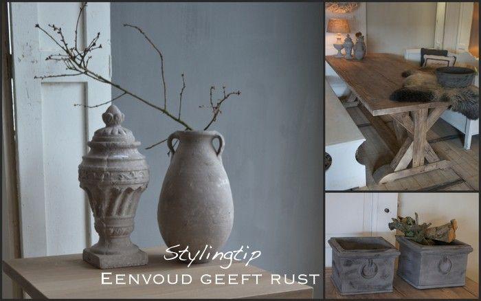 eenvoud geeft rust -Een interieur met rustige tinten en met materialen die op elkaar afgestemd zijn, geeft meer rust in huis.