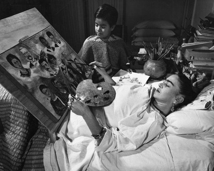 * Frida Kahlo photo Tina Modotti