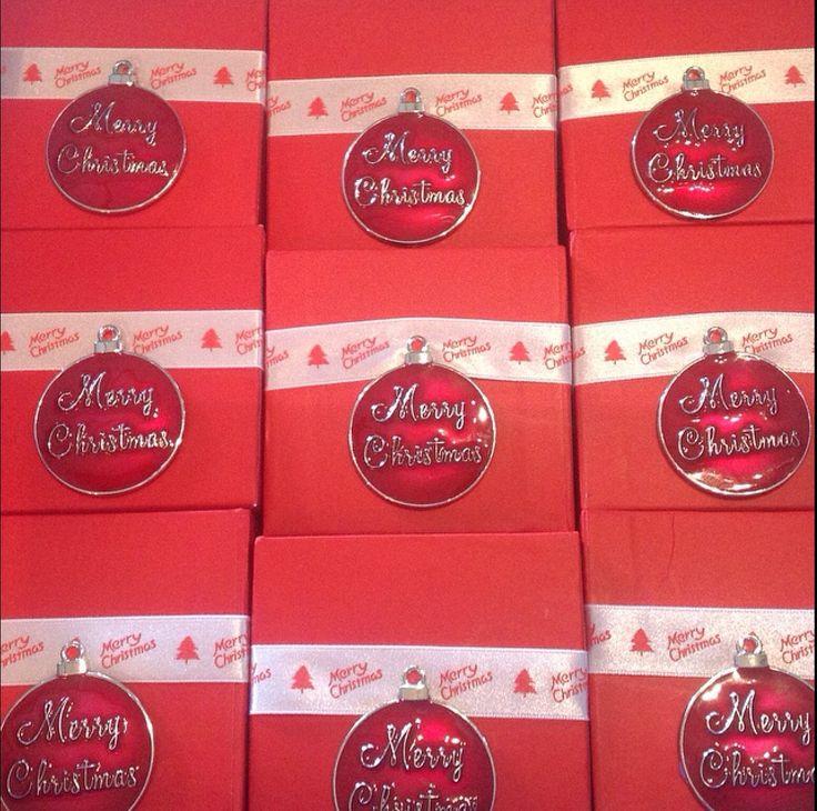 #TagStaGram #christmas @tagstagram #christmastime #christmaspresent #xmas #excited #presents #winter #santa #santaclaus #loveit #wonderland #christmaslights #holiday #christmasday #merrychristmas #family #fun #decoration #home #instagood #l4l #holidays #gifts #love #somuchfun #tagsta  Gift Boxes for Mason Jars www.facebook.com/MariasDesignerCreations.