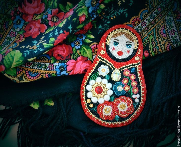 """Купить """"Брошка-Матрешка"""" - ярко-красный, матрешка, русский стиль, павловопосадский платок, красный, swarovski"""