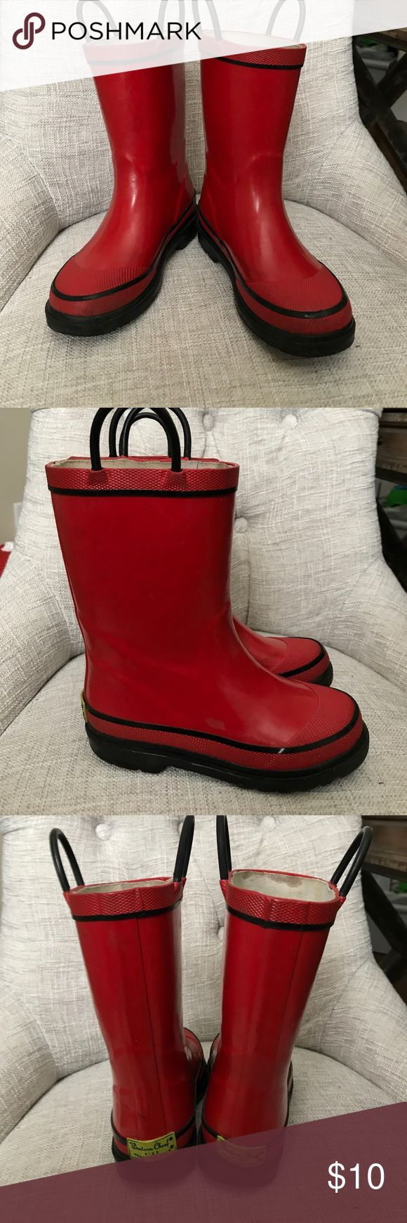 Boys Red Rain Boots Size 11 Western Chief Red Rain Boots. These are size 11. There is some minor wear and the inside lining is a bit discolored. Overall in great condition. See pictures for wear. Western Chief Shoes Rain & Snow Boots