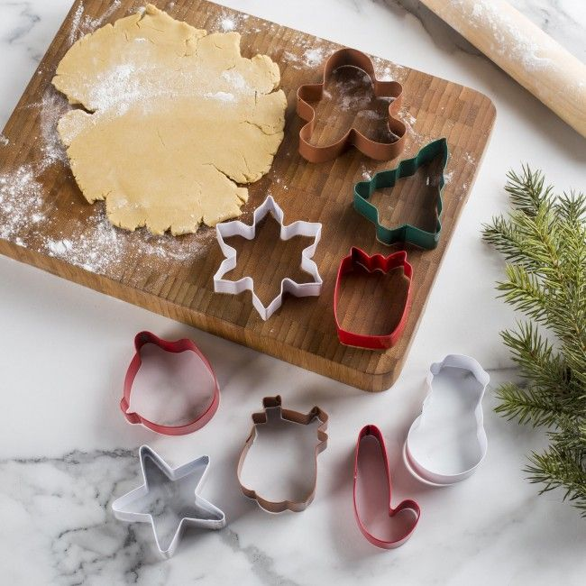 Bring your cookies to life with our festive Christmas Cookie Cutter Set.    Whether you're looking for stocking stuffers, Secret Santa presents, festive Christmas decor or even gift cards, we have a huge selection of unique holiday stuff to make your days and nights merry and bright.