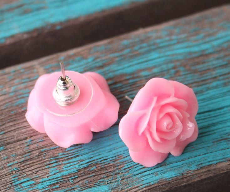 This DIY earring idea is the perfect way to spring into the warmer months. Make these lovely Rose DIY Resin Earrings for a fun jewelry project this spring.