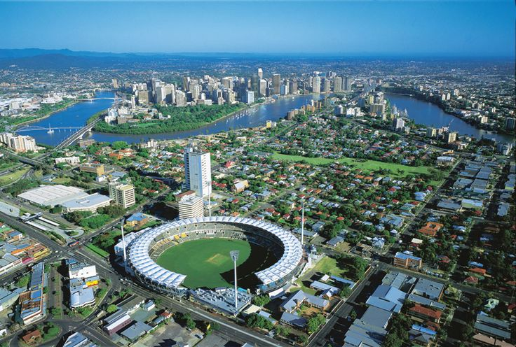 ✿ڿڰۣ(̆̃̃•Aussiegirl Brisbane with the sporting arena known as the Gabba in the centre.