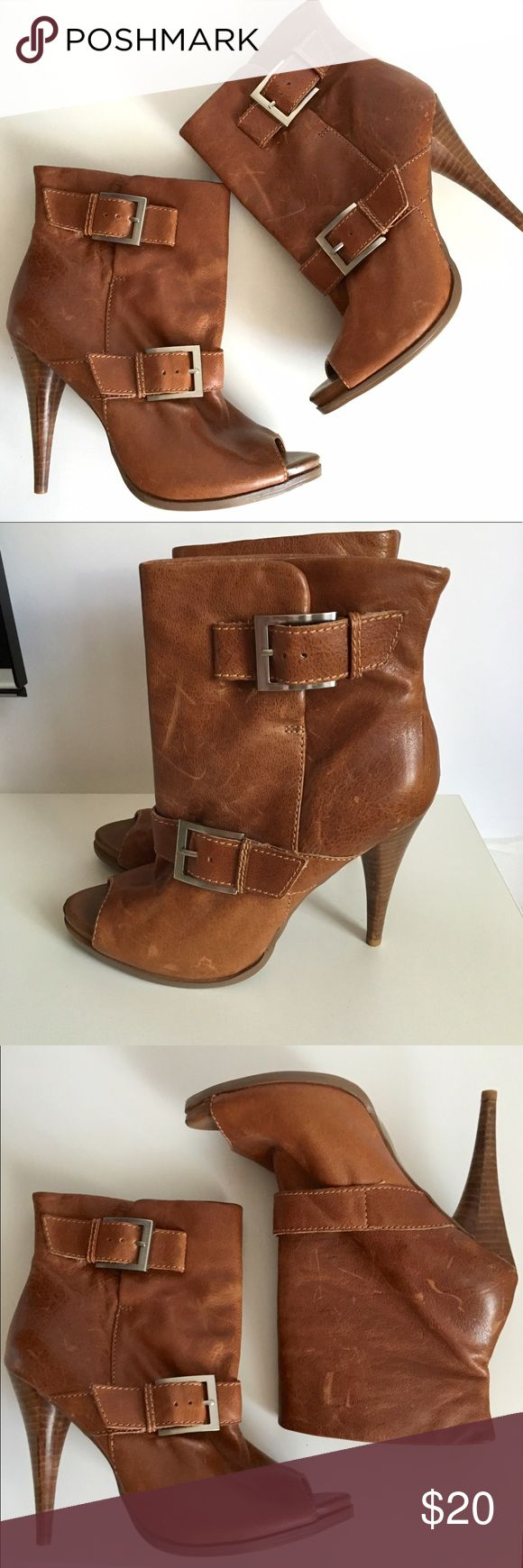 """Jessica Simpson Leather """"Dakee"""" Booties Jessica Simpson Leather """"Dakee"""" Bootie. Very good condition imperfection on inside of buckle strap (shown) otherwise great boots.  👍OFFERS welcome. 🚫no trades pls Jessica Simpson Shoes Ankle Boots & Booties"""