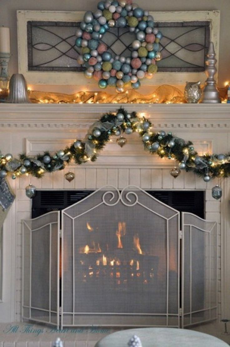 Christmas mantle decor - 44 Exceptional Christmas Mantels