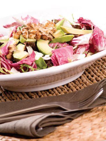 Σαλάτα με αβοκάντο και καρύδια | Συνταγές, Σαλάτες | Athena's Recipes