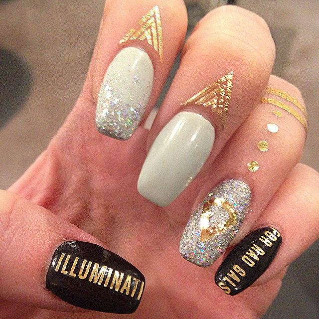 gelnails, cuticle tattoo, rad nails, rad nails tattoo: Instagram photo by @bangseattle (bangseattle)
