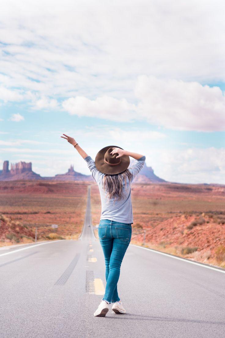 Monument Valley Utah, Monument Valley Arizona, Arizona Travel, Forrest Gump Monument Valley, Best instagram spots Arizona, #arizona #vacation #travelgram