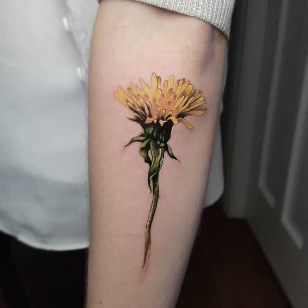 Dandelion Tattoo Meaning Design History And Photos Dandelion Tattoo Meani Dandel In 2020 Dandelion Tattoo Design Dandelion Tattoo Dandelion Tattoo Meaning
