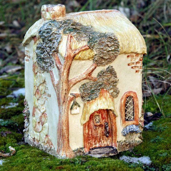 Pottery English Country House - Fairy Cottage - Hand