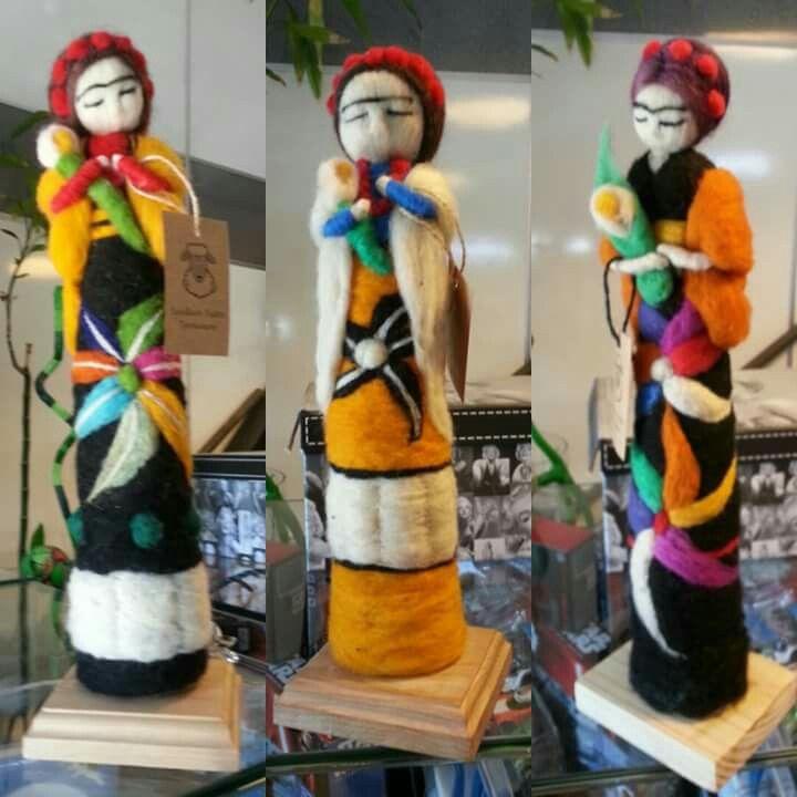 Esculturas en fieltro agujado, frida kalho