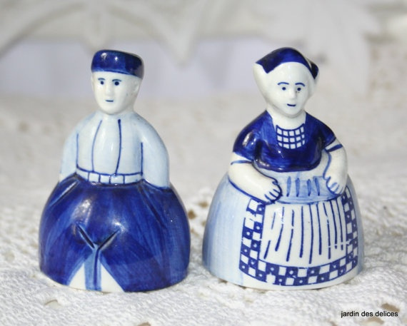 Royal Delft Blue Salt And Pepper Shakers Vintage Dutch