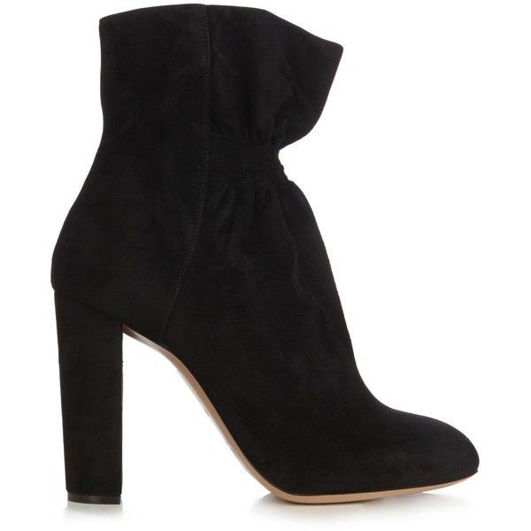 Chloé Kent suede ankle boots (56.060 RUB) ❤ liked on Polyvore featuring shoes, boots, ankle booties, etro fur coat outfit, black, short boots, black suede bootie, black ankle booties, suede ankle boots and suede booties