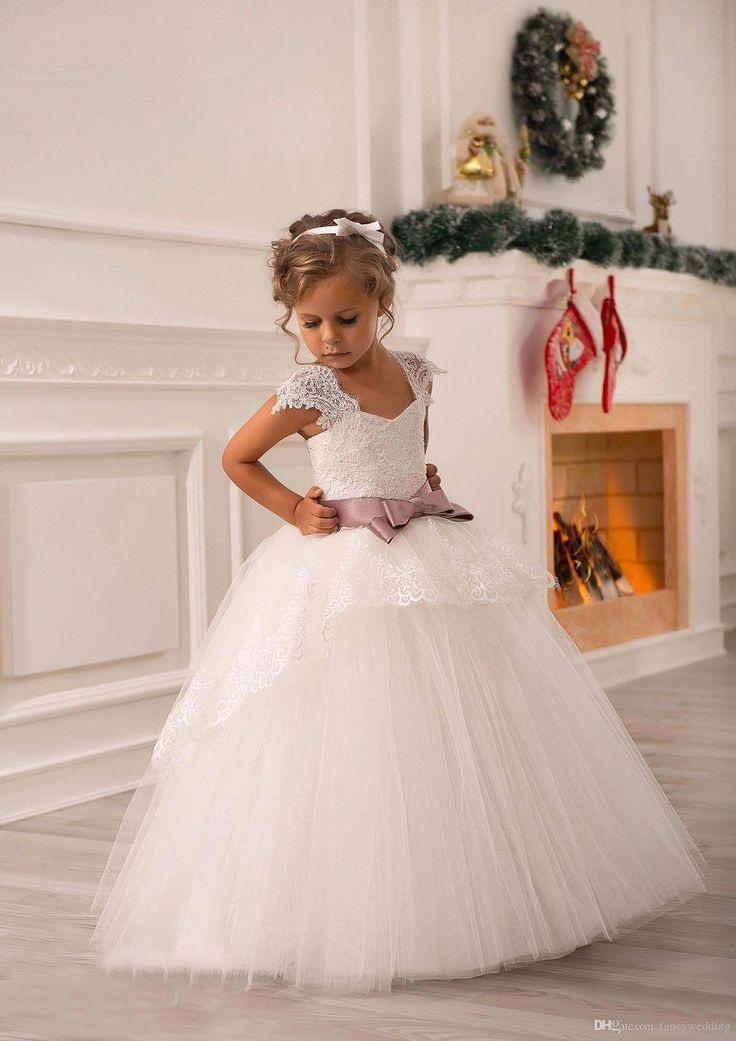 Ivory Lace Beaded 2016 Ball Gown Flower Girl Dresses Vintage Kids Little Girl Wedding Dresses Cheap Pageant Dresses