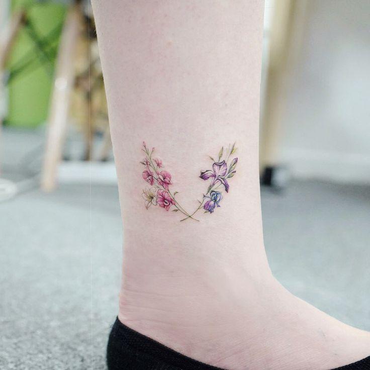 : Iris+gladiolus+lily 🌸✨ 꽃모음 월계관! . . #tattooistbanul #tattoo #tattooing #iris #gladiolus #lily #iristattoo #flower #flowertattoo #colortattoo #타투이스트바늘 #타투 #아이리스 #백합 #꽃타투 #컬러타투